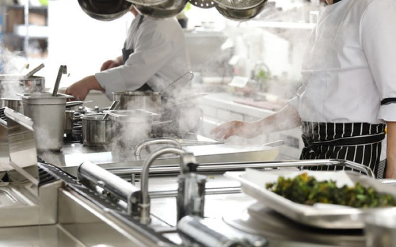 L Hotel Starck Recherche Son Chef Cuisinier Tic