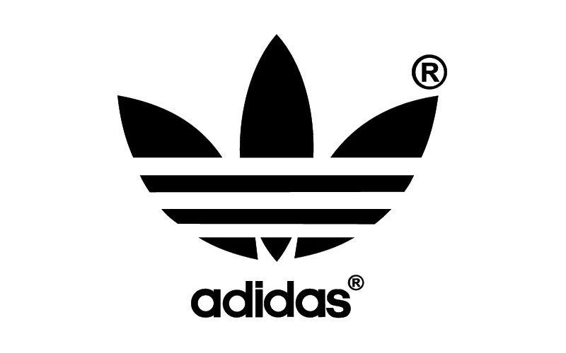 8f085c1db0 Le Racing Club de Strasbourg (RCSA) change d'équipementier pour la saison  prochaine. Le Danois Hummel cède la place à Adidas qui redevient (après dix  années ...